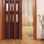 Как сделать дверь гармошку своими руками?
