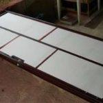 Монтаж самодельной металлической двери